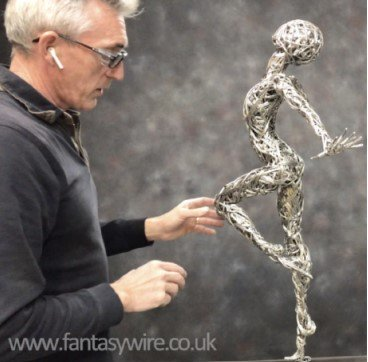Make your own wire sculpture